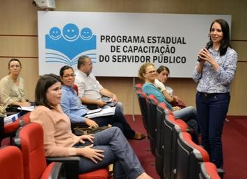 Capacitação em Saúde Bucal reúne profissionais e gestores municipais